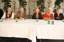 "Die Fachjury von links nach rechts:  Chef.Dipl.Somm.Simon, Hofrat Zodl, KommR Hummel, KommR Querfeld, KommR Schlossko <br/><br/>Foto: ""www.medianet.at/szene1"""