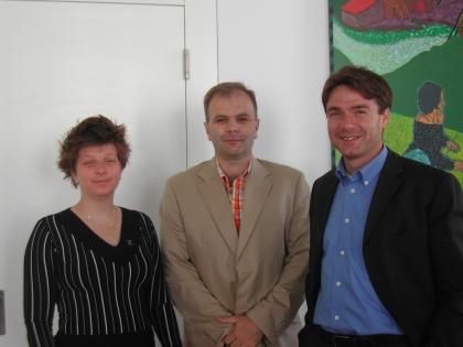 (von re nach li)   Die Funktionäre des Instituts nahmen an der Ehrung teil.  Gen. Sekr. Mag. A. Suchomel,  Vizepräs. H. M. Simon,  Schatzmeister Mag. B. Krumpel.