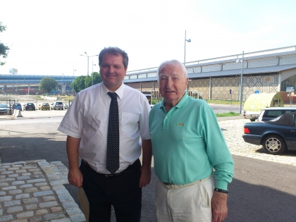 Hr. Prof. L.Edelbauer und Markus Madar auf dem Weg ins EASTEND zur Gratis-Kaffee-Verkostung.