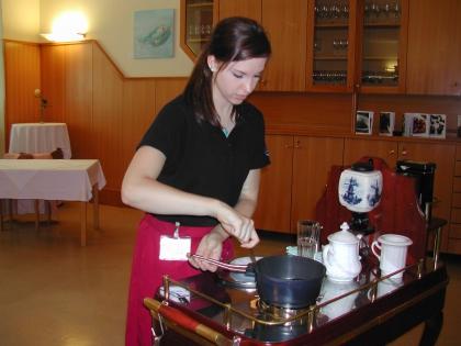 HLW-Biedermannsdorf in NÖ  Mündliche und praktische Prüfung der Ausbildung