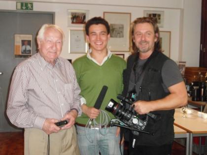 Prof. Leopold J. Edelbauer mit dem NHK-Redaktuer Stefan Kyota Glanz und dem Kamermann Albert M. Stasic