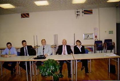 Prüfungskommission in der Volkshochschule Hietzing am 16. September 2004