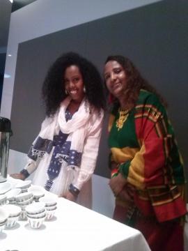 Äthiopierinnen in der traditionellen Tracht
