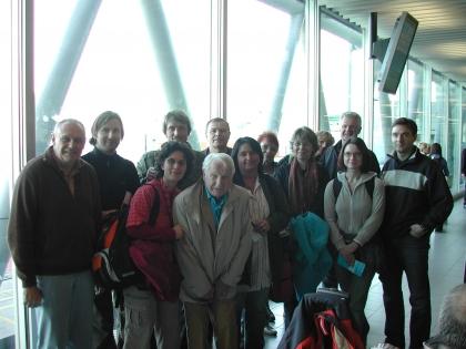 Alle Teilnehmer aus Österreich und Deutschland treffen sich mit Prof.Leopold J.Edelbauer am Flughafen Amsterdam