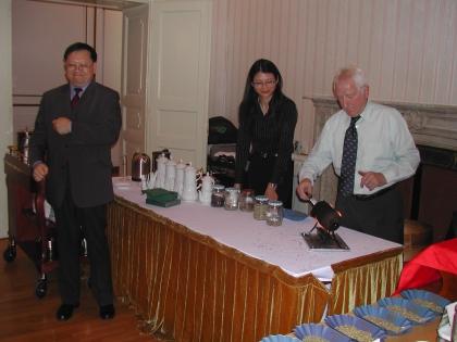 Botschaftsrat für Handel Tao Bailiang, Frau Bichler Zhou, Prof.L.J.Edelbauer