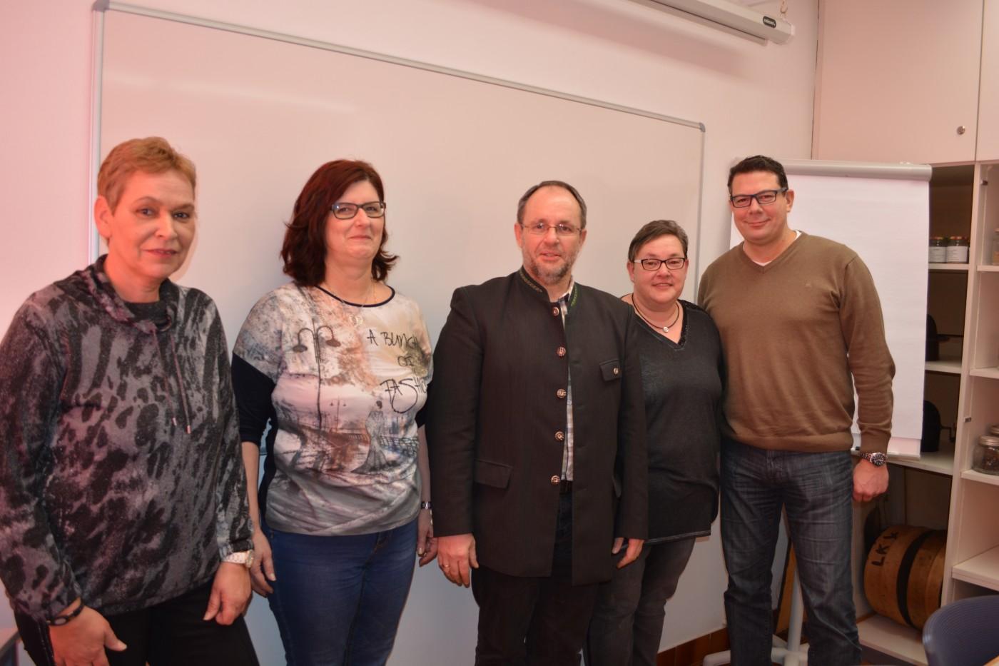 von links nach rechts: Frau Souba Manuela, Frau Gutmann Renate, Herr Heschl Richard, Frau Pickl Anita, Herr Wolf Gerald